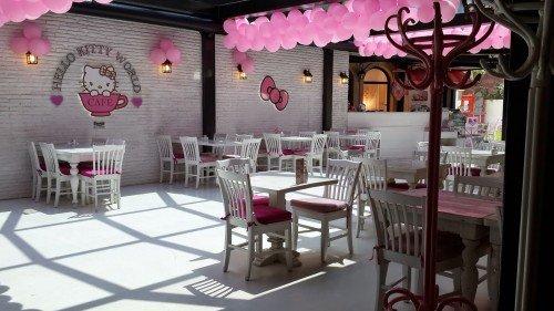 Hello Kitty restoranı
