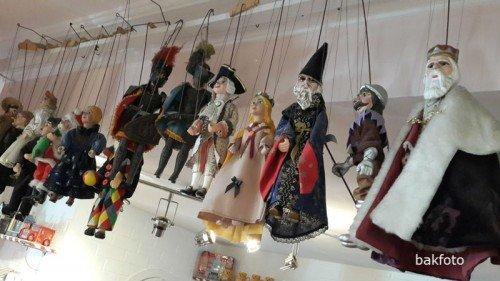 İstanbul Oyuncak Müzesinde yer alan diğer kuklalar