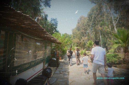 Akyaka kamp yürüyüş yolu