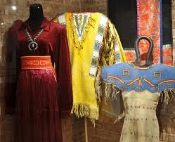 Kızılderili kıyafetleri